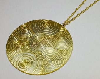 Disc Necklace Long, Disc Necklace, Circle Necklace Large, Circle Necklace, Circle Pendant Necklace, Long Circle Necklace, Big Disc Necklace