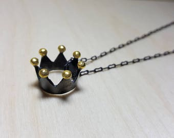Crown Necklace, Queen Necklace, Royal Crown, Black Crown, Crown Pendant, Crown Jewelry, Royal Necklace, Princess Necklace, Queen Jewelry