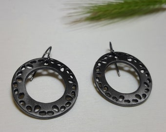 Modern Circle Earrings, Casual Earrings, Birthday Gifts for Sister, Birthday Gifts for Women, Open Circle Earrings, Black Earrings