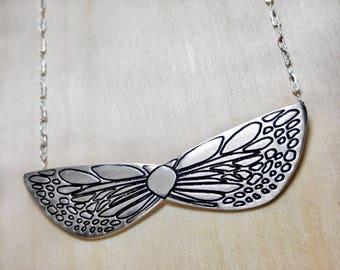 Butterfly Necklace, Geometric Jewelry, Butterfly Wings, Butterfly Pendant, Butterfly Wing Necklace, Insect Necklace, Minimalist Jewelry