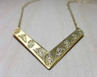Chevron Necklace, V Necklace, Gold Chevron Necklace, Dainty Gold V Necklace, Greek Jewellery, Chevron Statement Necklace, Gold V Necklace