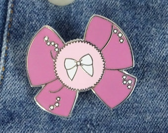 Kawaii Larme Powder Puff Princess Pink Bow Hard Enamel Pin 3cm