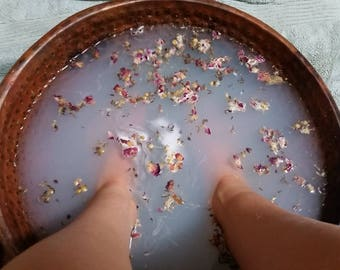 Romance Foot Soak with roses and milk
