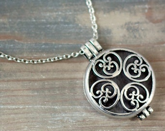 Aromatherapy Jewelry, Essential Oil Diffuser Necklace, Jewelry for Oils, Aromatherapy Pendant, Essential Oil Accessory, Oil Diffuser Locket