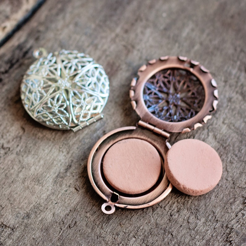 Terra cotta clay discs for Essential Oils 34 or 1 18 inch wide