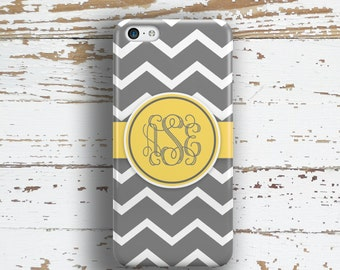 Personalized Iphone 6 Plus case, Chevron Iphone 5c case Fashion accessories for women iPhone 5 case, iPhone 6s case Gray yellow white (9907)