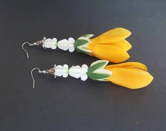 Handmade Floral Dangle Earring