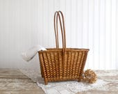 Vintage Wicker Basket with Handle, Wicker Basket with Feet, Old Decorative Wicker Basket, Farmhouse Basket