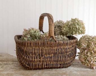 Vintage Large Basket, Vintage Farmhouse Decor, Wicker Basket with Handle, Vintage Gathering Basket, Wicker Flower Basket, Country Home Decor