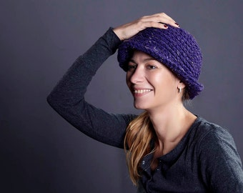 Purple Wool  Hat  / 1920s inspiried  knitted hat / Egg plant Knitted beanie