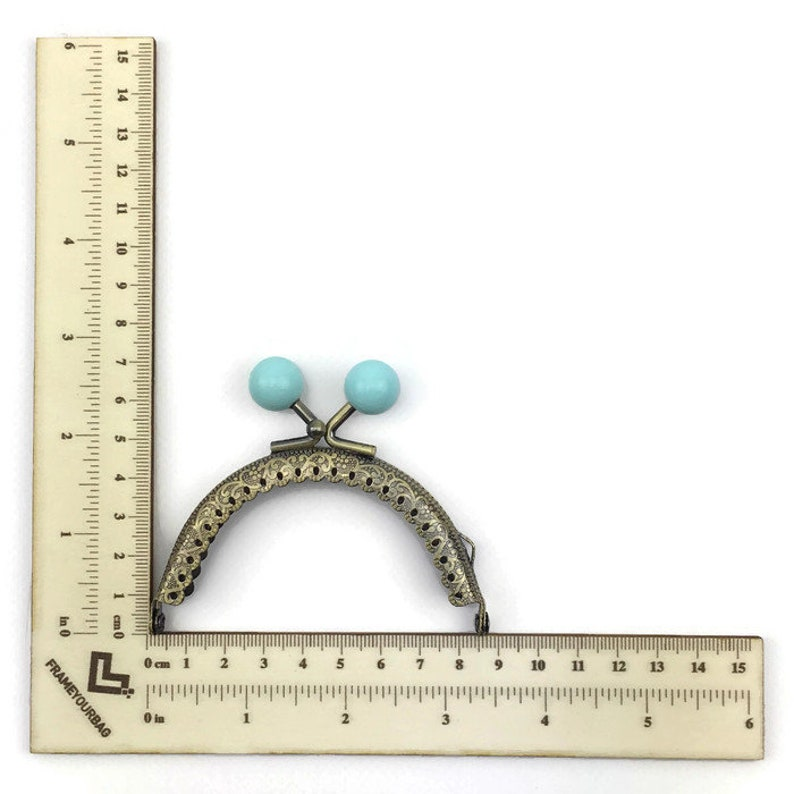 3,35 in 1 purse frame  8.5 cm Colored bobble Blue antique brass sewing  one loops F8422