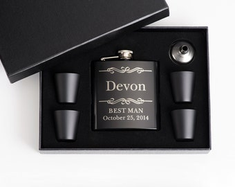 5, Wedding Party Favor, Best Friend Gift, Engraved Groomsmen Gift, Personalized Flask Set, Personalized Best Man Gift, 5 Flask Sets