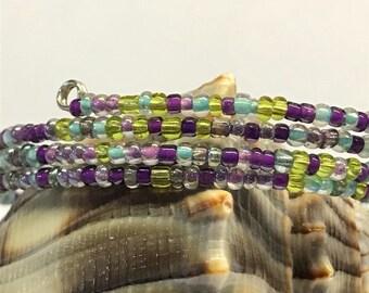 Memory-wire bracelet: Vineyard Colors