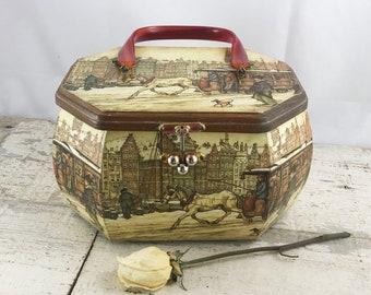 136027c4bde2 Vintage Anton Pieck Wood Decoupage Box Purse