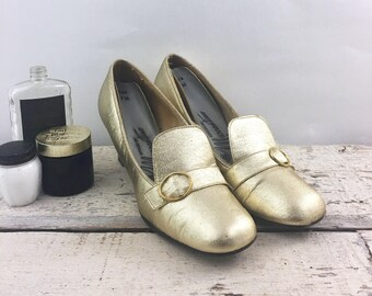 Vintage Womens Gold Heeled Shoes
