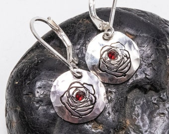 Rose Earrings, Red Rose Earrings Dangle, Small Disc Earrings, Rose Gift, Hand Stamped Jewelry, Disc Earrings, Flower Earrings, Red Rose
