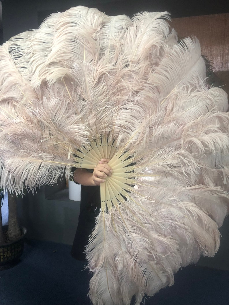 """white 2 layers Ostrich Feather Fan 30/"""" x 54/"""" with Travel leather Bag"""