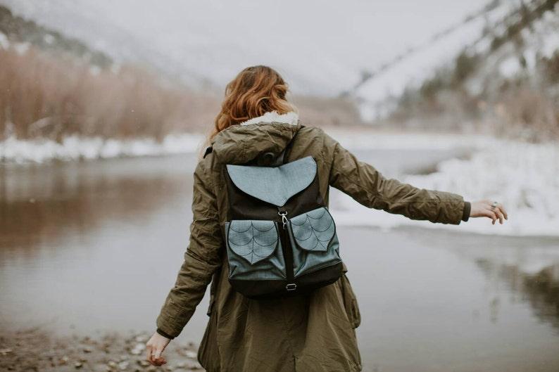 Waterproof  Leafling  Backpack for Woman in Black-Grey PRE image 0