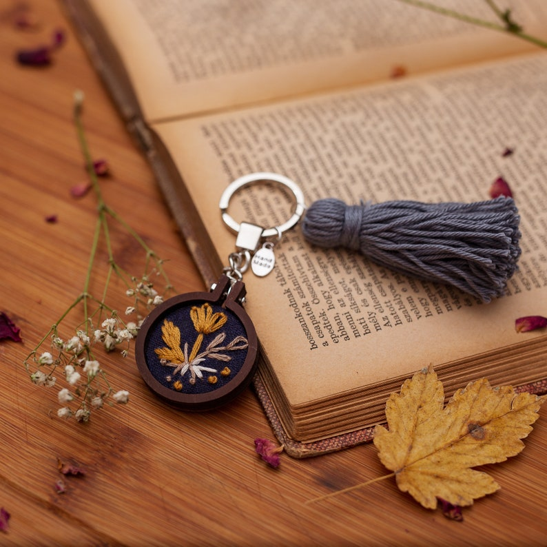 Navy Floral Mini Embroidery Hoop Key-chain image 0