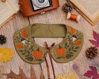 Green Pumpkin Embroidered Peter Pan Collar, Detachable Linen Collar for Autumn