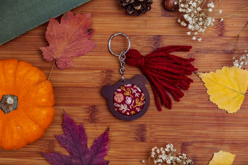 Floral Bear Mini Embroidery Hoop Key-chain image 0