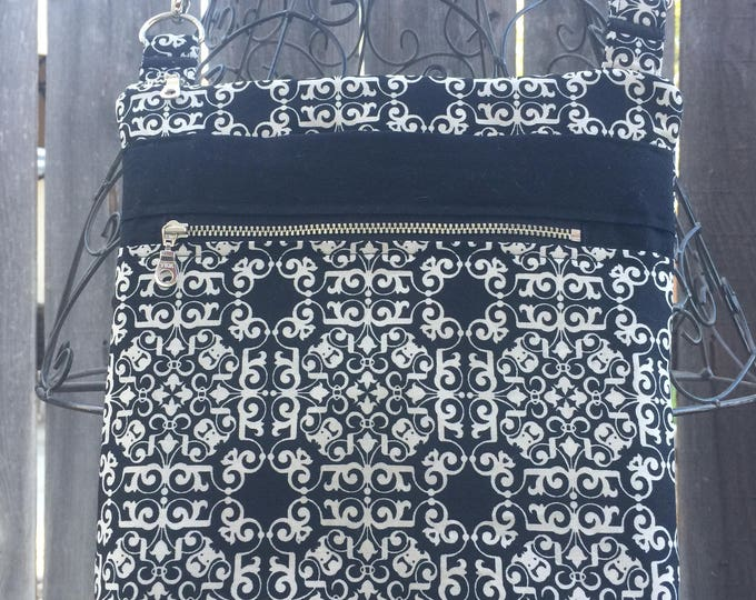 Cross Body Bag, Across The Body Bag, Black and White Cross Body Purse, Adjustable strap, long handle purse, Travel Purse, Zippered Purse