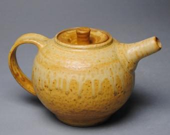 Clay Teapot Yellow Taffy H36