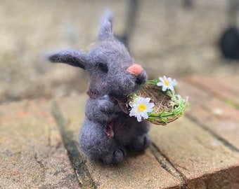 Woolfelted bunny