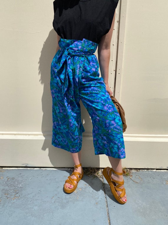 1970s Paperbag Waist Tropical Print Trousers - image 3