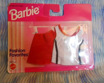 1996  Barbie Fashions Favorites-Sealed Package - Skirt and Blouse