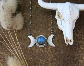 Triple Moon Goddess Necklace, Crescent Moon Pendant, Moon Necklace, Crescent Moon