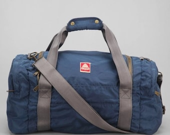 b2384a9b342a Jansport Heritage Duffle Bag -SOLD OUT- Navy Blue - Vintage Collection -  Brand New