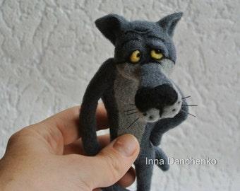 Wolf toy brooch Grey wolf Felt wolf Felted wolf  Toy animals Forest Animal brooch