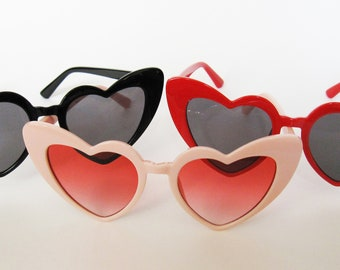 f964a22501 Oversized Heart Shaped Sunglasses Pink