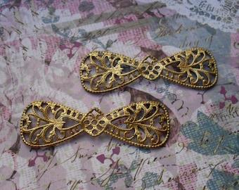 2 Vintage Brass Filigree Bow Stamping