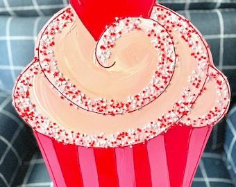 Cupcake Door Hanger Valentine's Day red pink heart