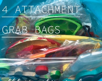 4 count Attachment grab bag for year round door hanger