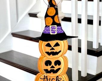 Jack o lantern Halloween Door hanger Trick or Treat happy halloween hand lettered hand painted