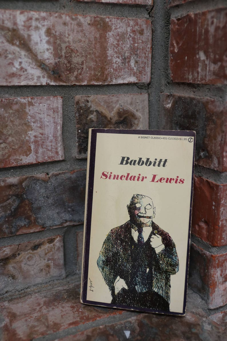 BABBITT by Sinclair Lewis Paperback in Very Good Condition image 0