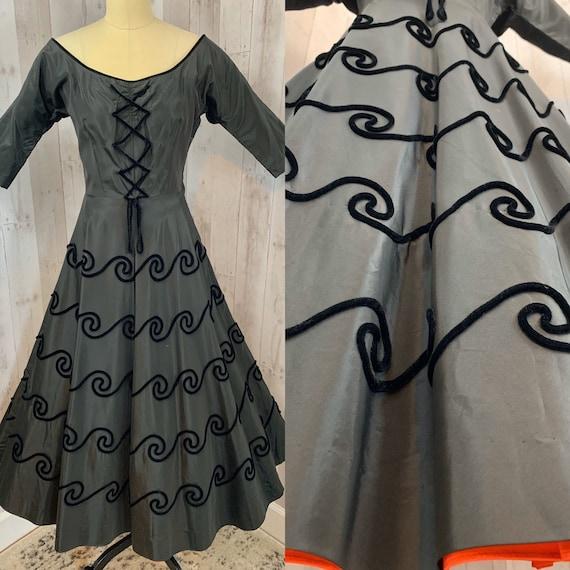 1940s Vintage DRESS Black Velvet Soutache Aline Pa