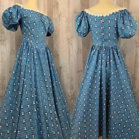 1930s Vintage Blue Cotton Novelty Print Floral Ali
