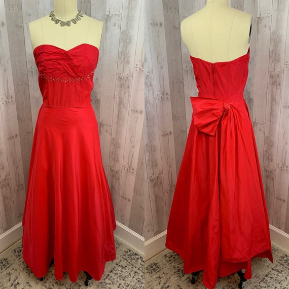 1940s Vintage Gown~Cherry Red  Taffeta Cupcake Dre