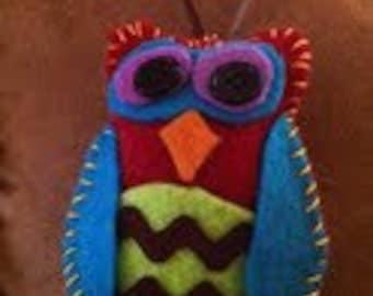 Owl Vintage Style Felt Ornaments (Set of 4)