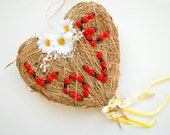 Hanging Grass Heart, Weddings Party Decoration, Country Farm Weddings Deco, Lady Bugs, Love Daisies Deco, Photo Prop, Outdoor Wedding