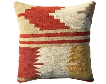 "Flying Arrow in Madder - 18"" Kilim Pillow"