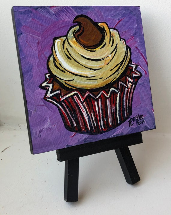 """Kiss Cupcake 4x4"""" mini acrylic painting on easel by Tracy Levesque"""