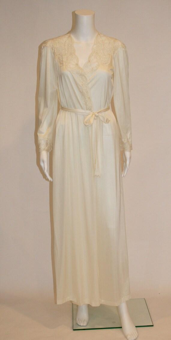 Vintage Henson Kickernick Lingerie Robe