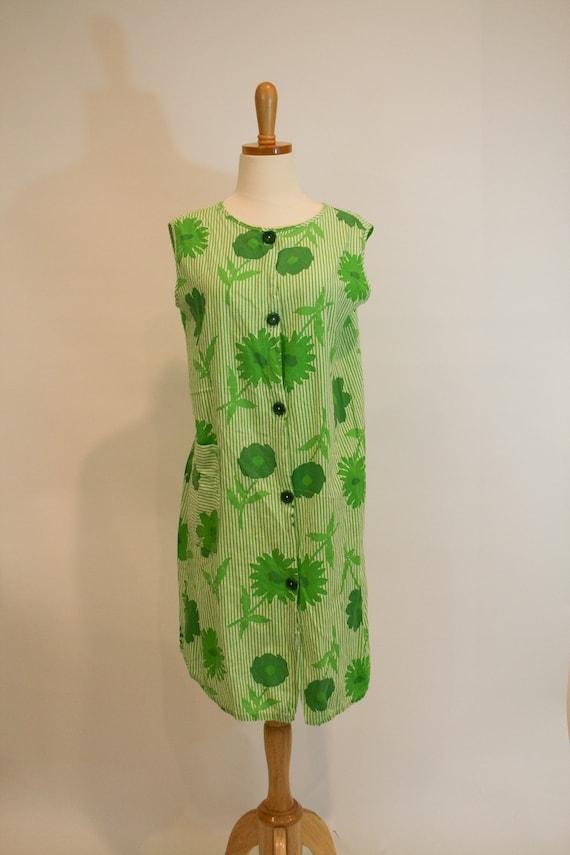 1960s Vintage Day Dress / Apron Dress
