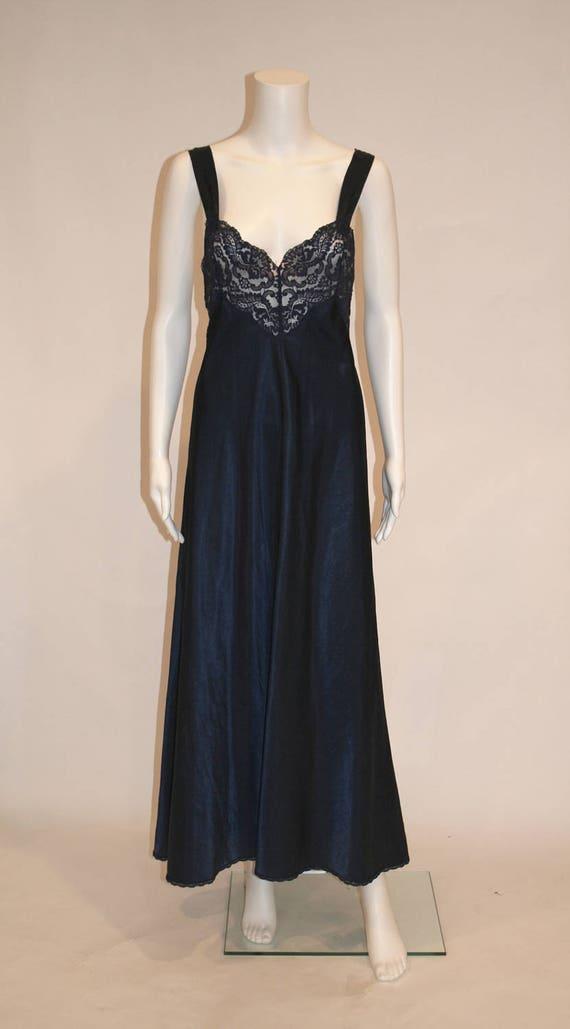 Vintage Vanity Fair Midnight Blue Nightgown - image 1