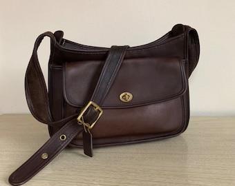 ddad55c62b Vintage Coach Taft Bag
